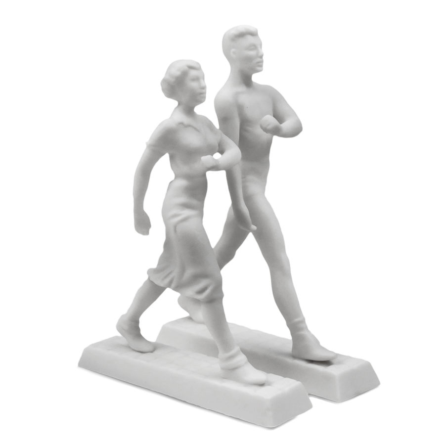 """Скульптура """"Идущие"""""""