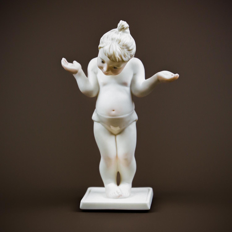 "Скульптура ""Весы"""