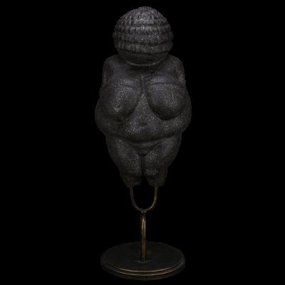 """Скульптура фарфоровая Rupor """"Венера Виллендорф"""" чёрный песок"""